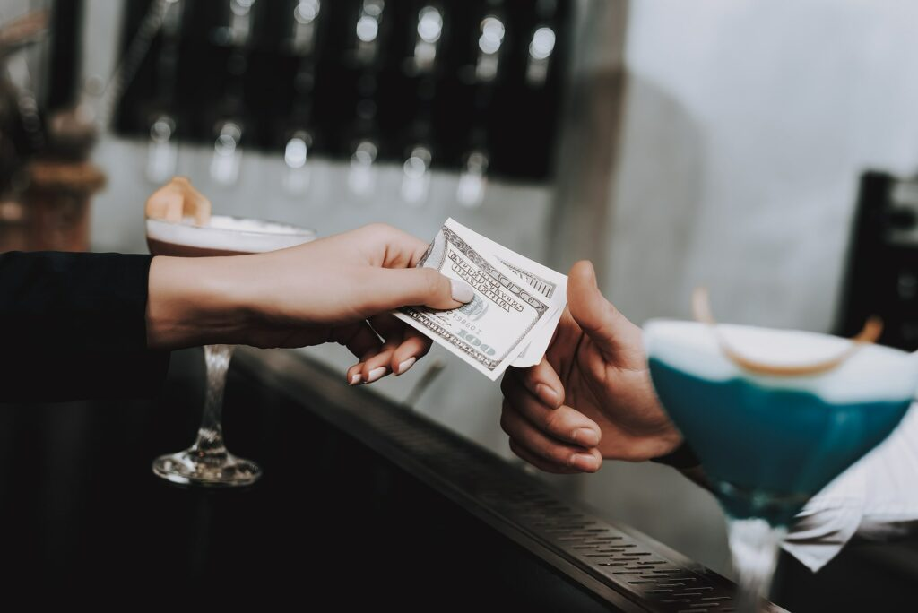 Can DC Bars Refuse To Accept Cash?